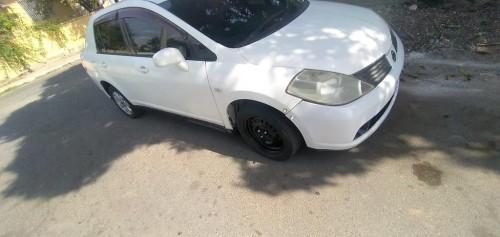 Nissan Tida