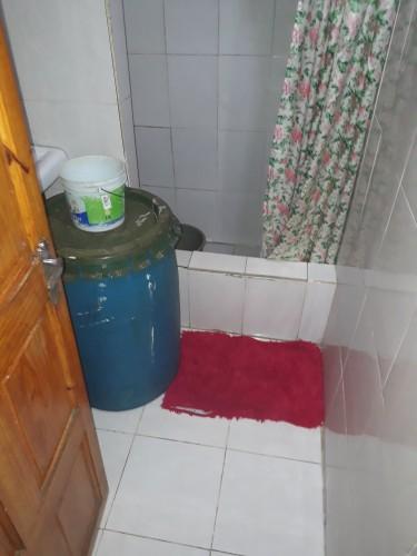 2 Bedroom Own Kitchen Shared Bathroom