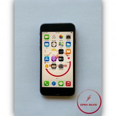 64GB Apple IPhone 8