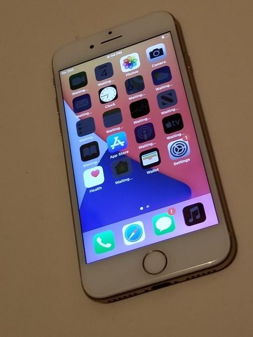 Ip 8 Clean Fully Function 64gb Case Clean 38k App