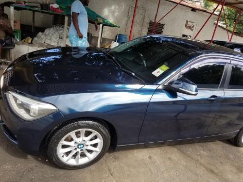 1 SERIES BMW 2011