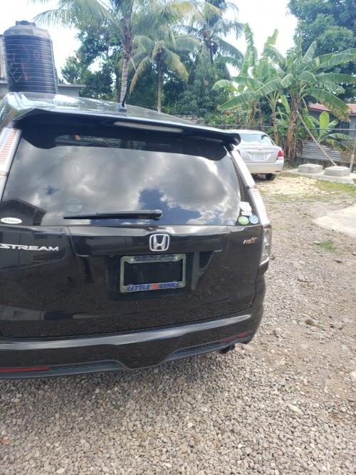 Honda Stream For Sale Excellent Condition 2011