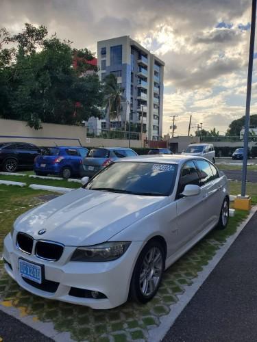 Newly Imported 320i 2012 BMW M Series  23000 KM $