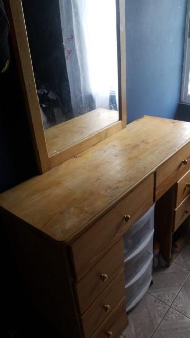 Dresser (drawers Brand New, Surface Needs TLC)