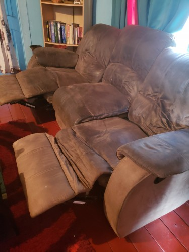 Cheap 3 Seater Double Recliner