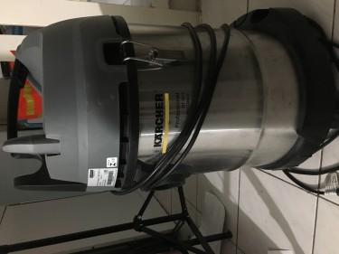 Karcher Wet Dry Vaccuum