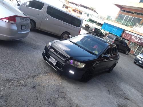 2000 Mitsubishi Cedia