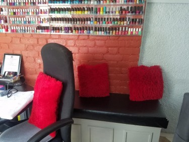 Small Fully Furnished Nail Shop With Contents Goin
