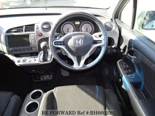 2013 Grey Honda Stream RSZ