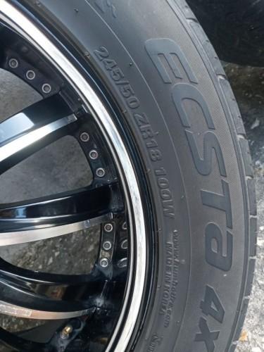 18 Inch Borghini Rims & Tires