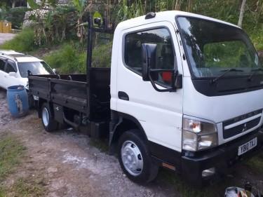 Mitsubihsi Canter Tipper Truck