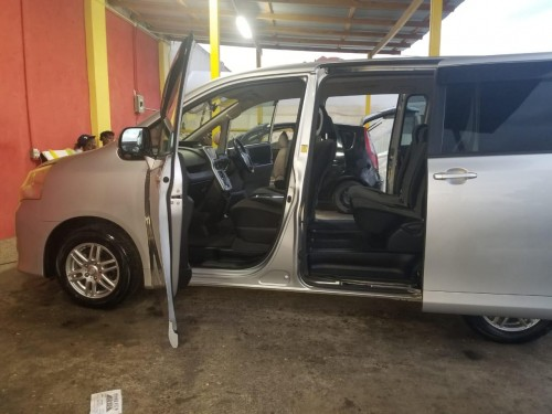 2010 Toyota Noah Newly Imported For Sale