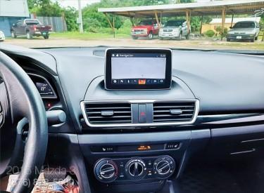 Mazda Axela 3