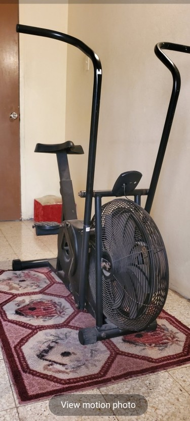Exercise Machine And Treadmill