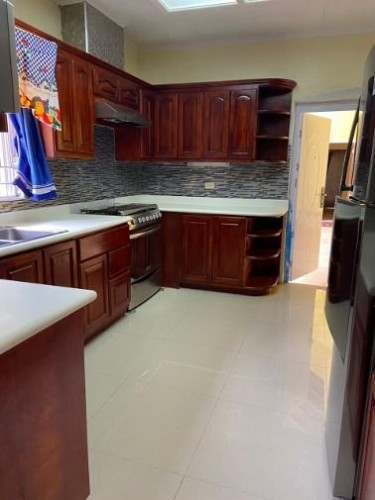4 BEDROOM HOUSE FULLY FURNISHED