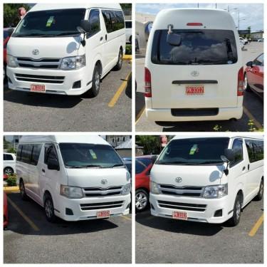 12 Seater Toyota Hiace