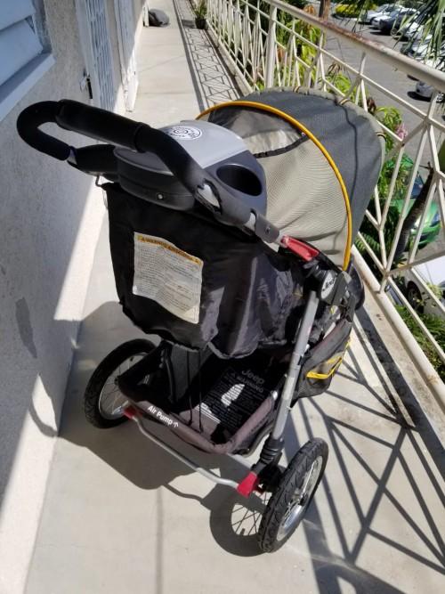 3 Wheel Jeep Stroller
