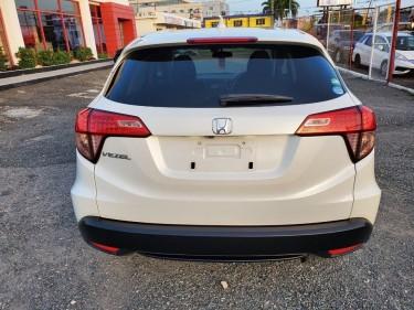 2015 Honda Vezel (Newly Imported)