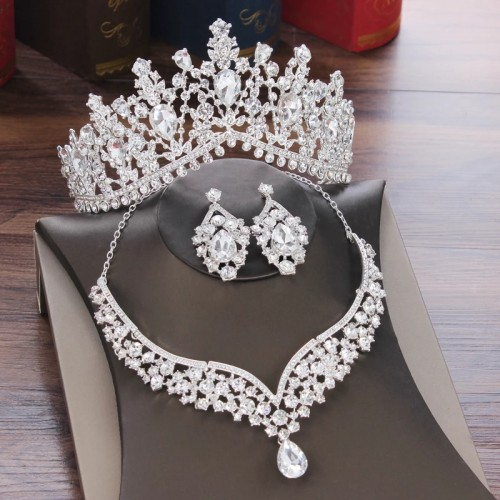 Crown Earring And Necklace Jewelry Set