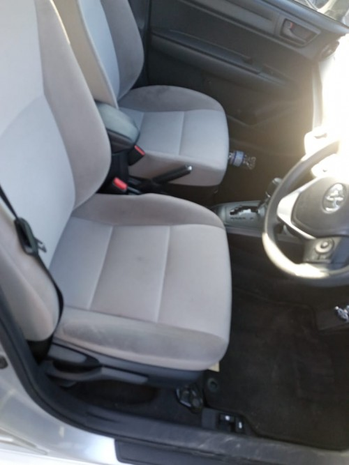 2015 Toyota Corolla Axio Hybrid
