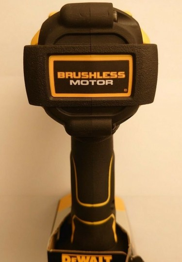 Dewalt 1/2 Impact Wrench SPECIAL OFFER 2 Batteries