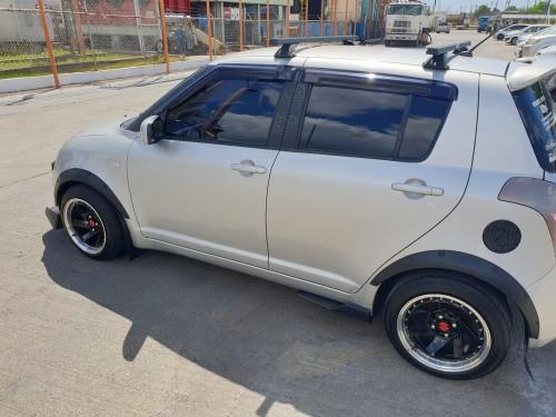 07 Suzuki Swift