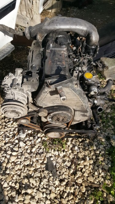2000 Hiace Parts... Engine... Gearbox... Diff Etc