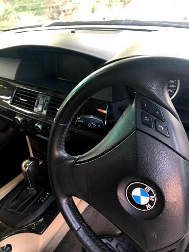 2006 BMW 530i