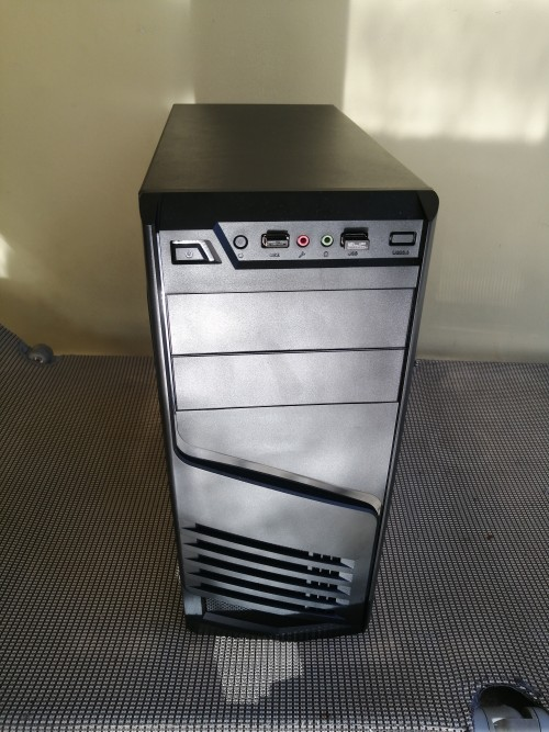 New Custom Build From Budgetrigs.ja<br /> I5 4690k<br /> MSI C