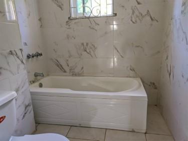 7 Bedrooms, 4 Bathrooms-3 Bonitto Close, Battersea