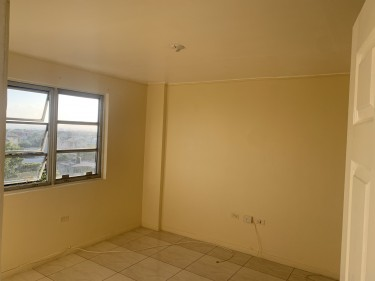 2 Bedroom 2 Bathroom Apartment