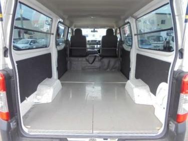 2015 Nissan Caravan