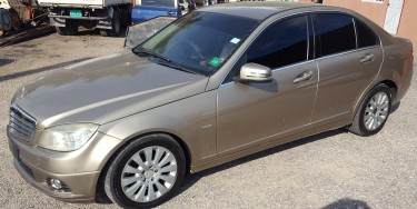 2009 Mercedes Benz C180