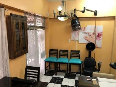 Hair & Nail Booth