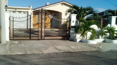 $100 Per Night Fully Furnished 2 Bedroom House