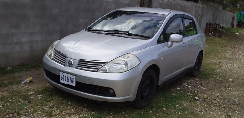 07 Nissan Tiida