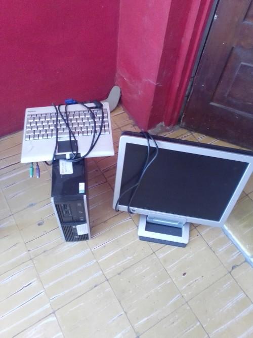Desktop Computer Wide Everything Moniter Clean 15k
