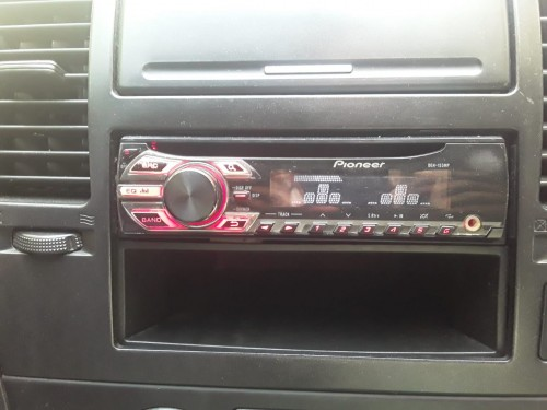 Pre Amps An CD Radio