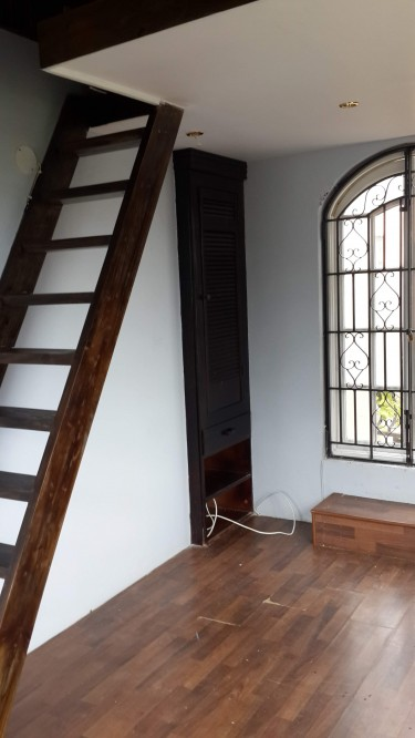 1 Bedroom/ With Loft And AC