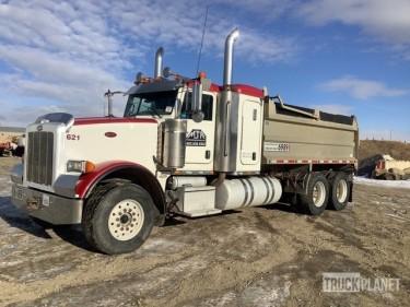 2014 Peterbilt 367 6x4 Sleeper T/A Dump Truck