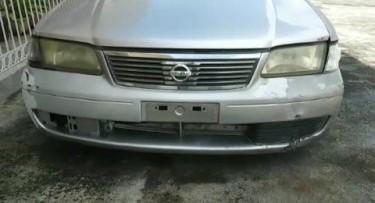 2004 Nissan B15