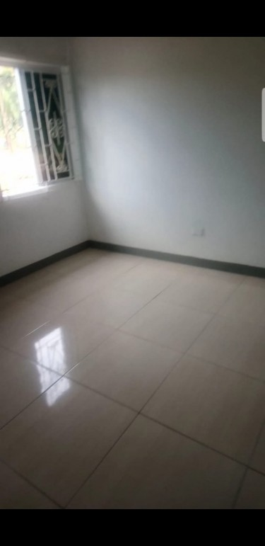 Spacious 5 Bedroom 2 Bath- For 1 Family Or Shared