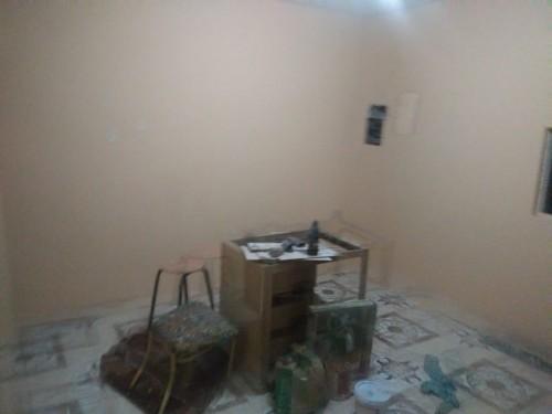 Unfurnished 1 Bedroom Kitchen And Share Washroom