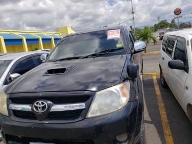 2005 Toyota Hilux