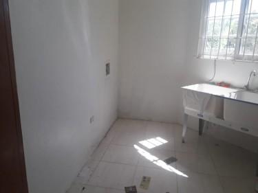 RHYNE PARK....2 Bedroom 2.5 Bath For Rent