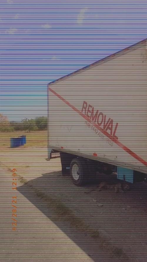 MOVING Truck Services (BOX BODY) ISLANDWIDE