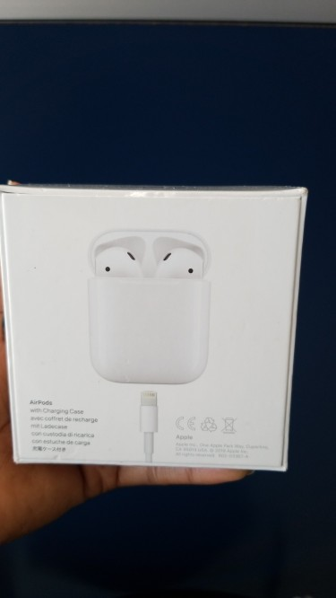 Note20 Ultra & Apple Airpods Brand New In Box.