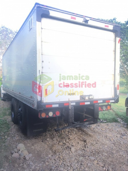 Removal Truck Service Available Today 2bed Rom8k
