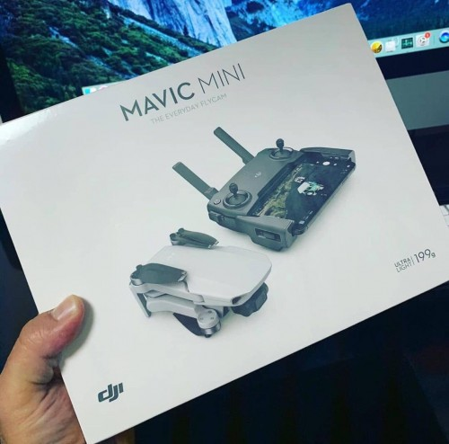 BRAND NEW ORIGINAL DJI MAVIC MINI FLY COMBO