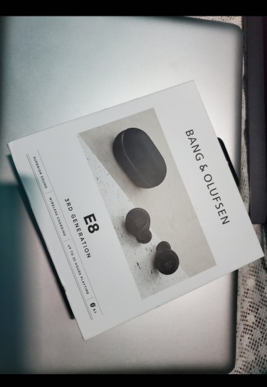 Bang & Olufsen Beoplay E8 3rd Generation Earbuds